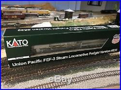Custom N Scale Kato Greyhound FEF 8444
