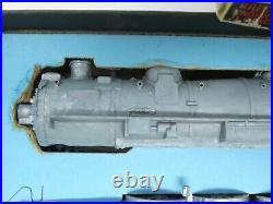 HO Scale Tyco K212 Unpainted 4-6-2 Pacific Steam Locomotive Kit Plastic & Metal