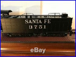 Lionel Legacy ATSF Scale 4-8-4 Northern Santa Fe #3751 (6-11332)