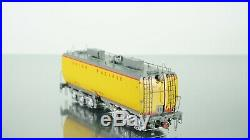 Scaletrains Union Pacific Steam Excursion Water Tender Set HO scale